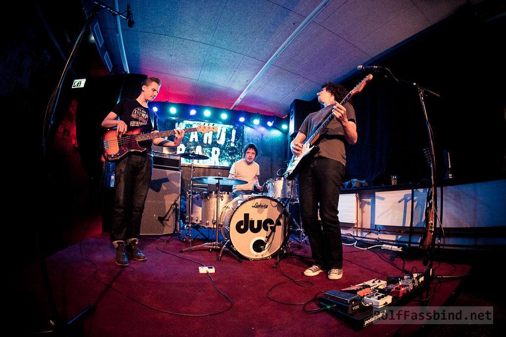 The Dues live at WAHU!bar